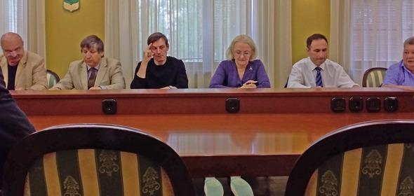 Совет депутатов Дубны поддержал решение комиссии о ликвидации средней школы №4