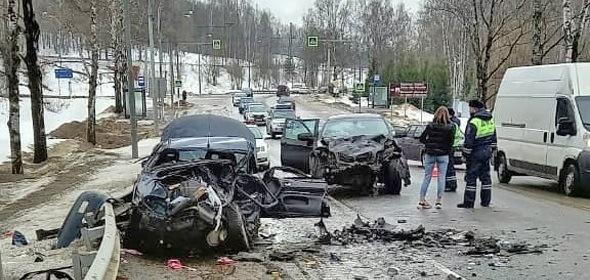 Спасатели Дубненского ТУ «Мособлпожспаса» оказали помощь пострадавшим в ДТП на трассе А-104
