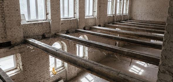 Здание физмат-лицея имени В.Г. Кадышевского в Дубне уже ремонтируют