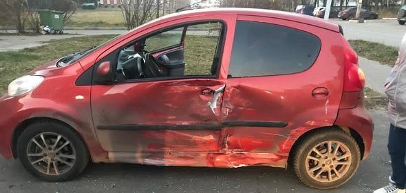 На улице Энтузиастов в Дубне водитель «Ниссан» спровоцировал ДТП, пострадал ребенок